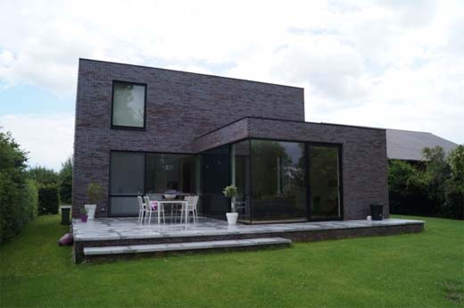 Inspiratieproject eengezinswoning in genuanceerde baksteen - Moderne uitbreiding huis ...