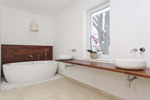 Kies de juiste badkamervloer - bouwenwonen.net