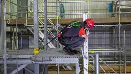 Lichtgewicht, flexibele valbeveiliging voor werken op de rand