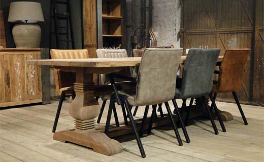 Aan robuuste tafels omarmen we levensgeluk