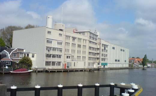 Herontwikkeling voormalige Honigfabriek in Koog aan de Zaan
