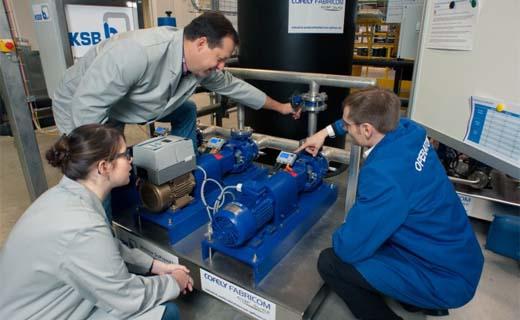 KSB steunt trainingscentrum de Learning Factory