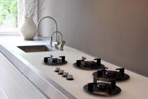 Wordt gehard glas binnenkort een trend in keuken en interieur?