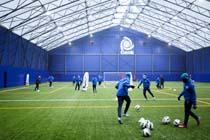 Veldeman bouwt indoor voetbalhal voor KRC Genk