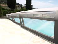 Belg wil meer veiligheid rond privézwembad