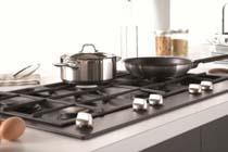 Tips voor het reinigen van een zwarte kookplaat