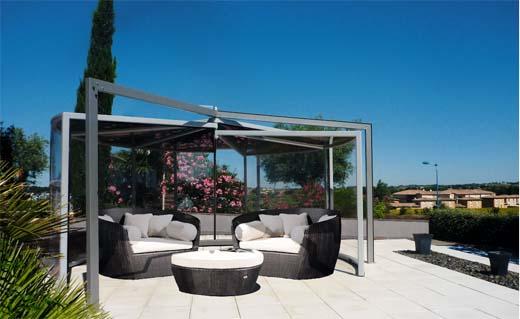Een jacuzzi overdekking bespaart u een koude douche - Overdekt terras in aluminium ...