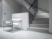 Renovatie biedt ruimte voor de betonnen trap bouwenwonen