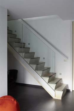 Renovatie biedt ruimte voor de betonnen trap
