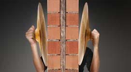 Acoustiwall, innovatieve isolatieplaat voor woningscheidende muren