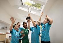 Velux Groep schenkt dakramen aan lokale sportverenigingen