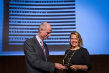 Stichting Xenia wint Gouden Piramide 2016