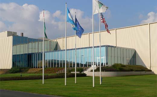 Guardian Glass gaat gelaagd glas produceren in Hongarije