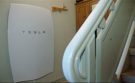 Thuisbatterij laat eigenaars zonnepanelen eigen groene stroom gebruiken