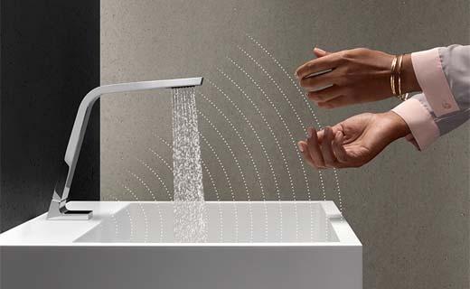 Touchfree kraan voor comfortabele waterregeling