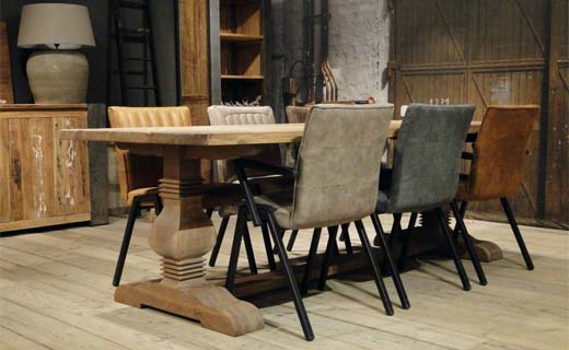 Aan robuuste tafels omarmen we levensgeluk bouwenwonen