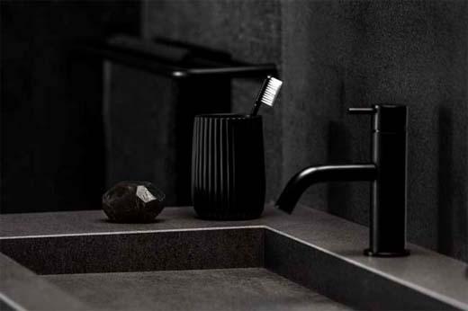 Dekker - Strakke wastafel van steen