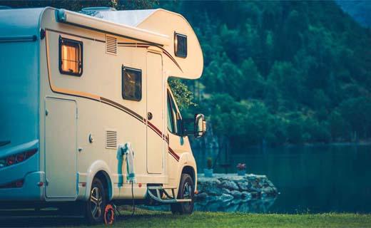 Investeer ik beter in een vakantiehuis of een mobilhome/caravan?