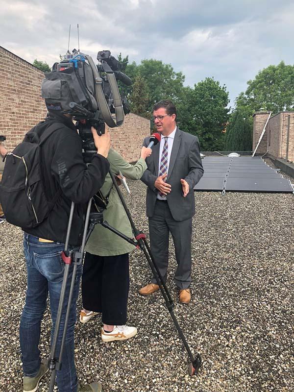 Eerste zonnepanelen waarin parochianen investeren op kerk in Aalst