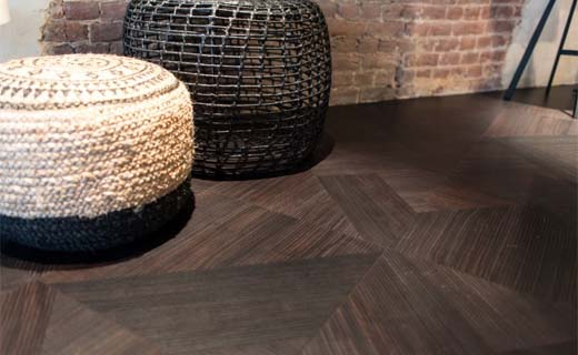 Sfeer creëren met vinyltegelvloeren van gelaserd hout