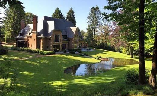 Miljonairs kopen steeds vaker een appartement in plaats van een grote villa