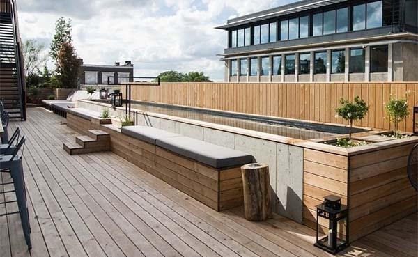 Een zwembad op het dak in centrum Brussel