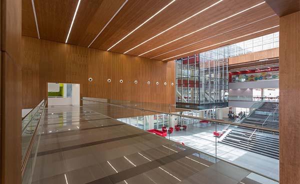 Innovatieve wand- en plafondsystemen met sublieme akoestische prestaties
