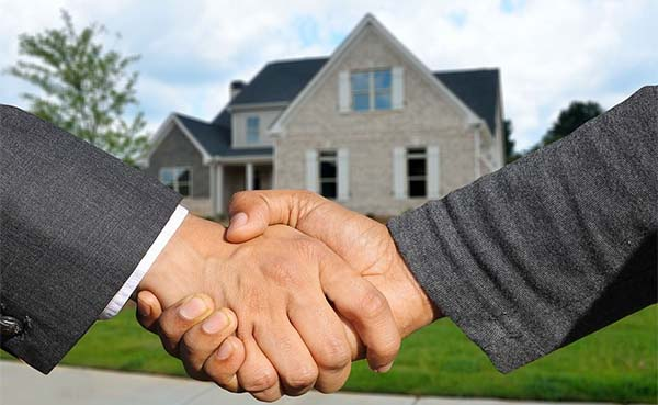Iedereen wil vastgoedmakelaar worden: bijna 10.500 immomakelaars in België