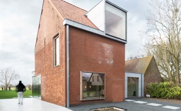 Renovatiedag: Standaard huisje wordt speelse woning