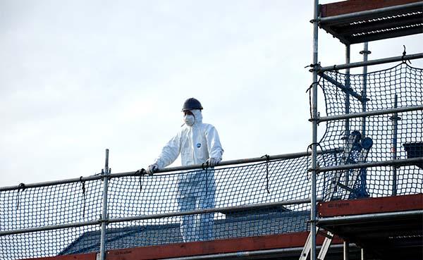 Vlaamse-overheid-moet-dringend-regelgeving-asbest-aanpassen