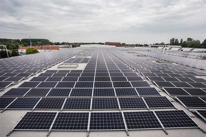 Ontex ontvangt het grootste, door derden gefinancierde zonnedak in België sinds 2013