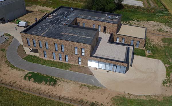 BAM-Contractors-opent-nieuw-kantoorgebouw-in-Brustem