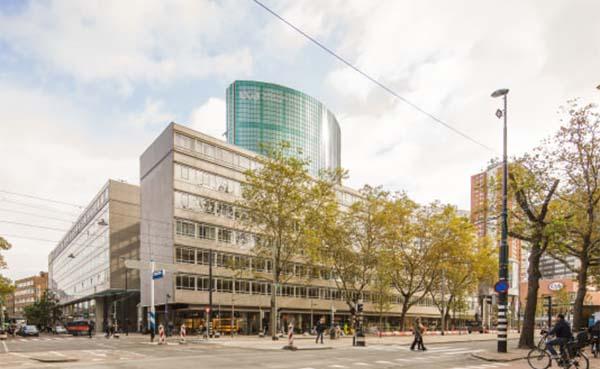Gevelrenovatie-markeert-start-zichtbare-verbouwing-World-Trade-Center-Rotterdam