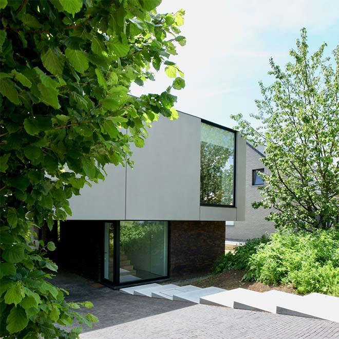 Omgekeerd wonen - Architectuur als troef voor moeilijk perceel