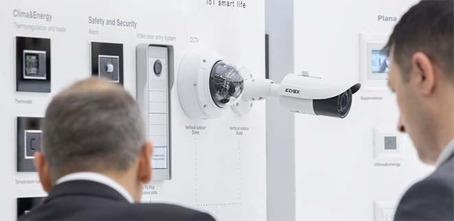Wereldmarktleiders spelen in op wereldwijde vraag naar veiligheidstechniek op de Light + Building