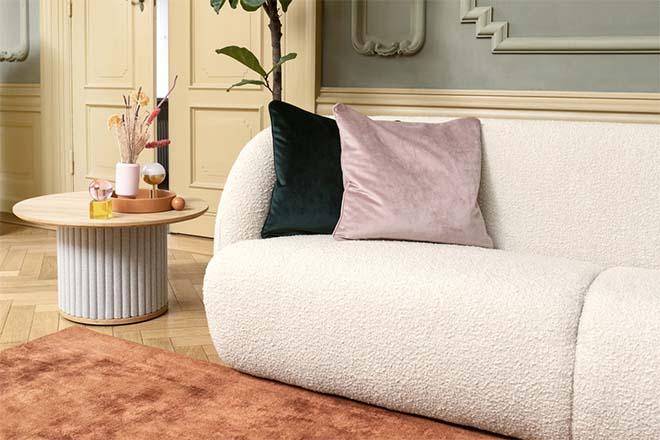 Trendy boucle en lieflijk lila voor een Insta-interieur