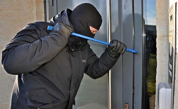 Hoe bescherm je je huis het beste tegen inbraak?