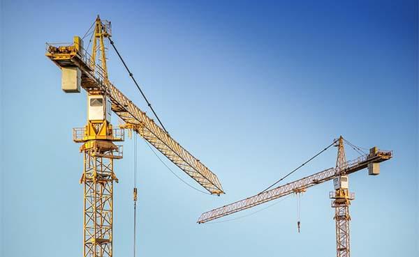 Nieuwbouw-loopt-tot-half-jaar-vertraging-op-door-tekort-aan-materiaal-en-werkkrachten