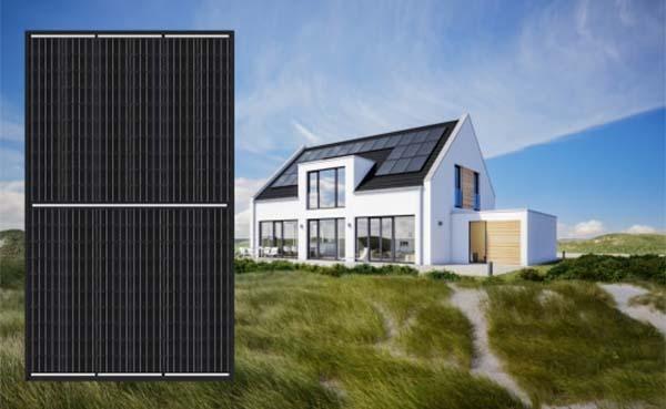Sharp introduceert stijlvol zwart PV-zonnepaneel met half-cut-cellen