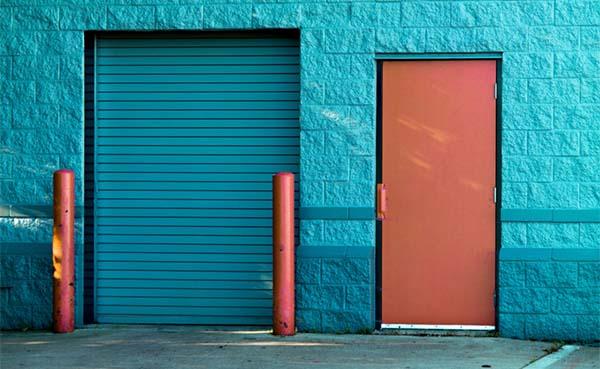 Kunststof voordeuren trends bij bouwen van een nieuwe woning