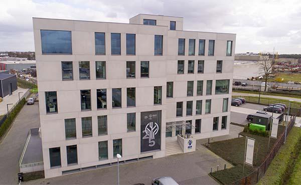 B&R Bouwgroep integreert Van de Cruys vloer- en tegelwerken uit Beerse