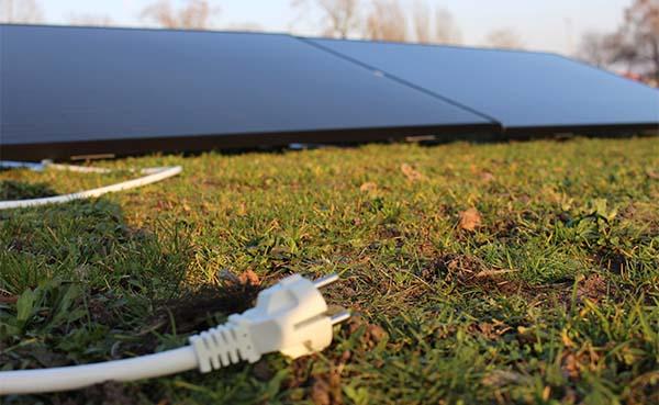 Steeds-meer-consumenten-installeren-zelf-hun-zonnepanelen