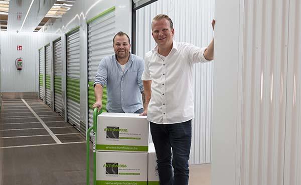 Verhuisfirma start met apart volautomatisch selfstoresysteem in Mortsel