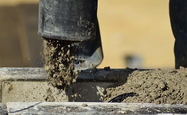 Bouwmaterialen: vooral granulaten voor betonproductie duurder als gevolg van hitte