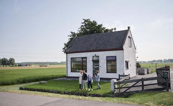 Nederlandse Belastingdienst helpt woningeigenaren met belastingtips