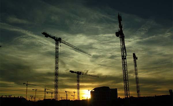 Opdrachtgevende-besturen-moeten-bouwbedrijven-ondersteunen