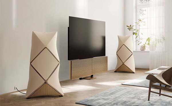 Bang-+-Olufsen-Introduceert-de-Golden-Collection
