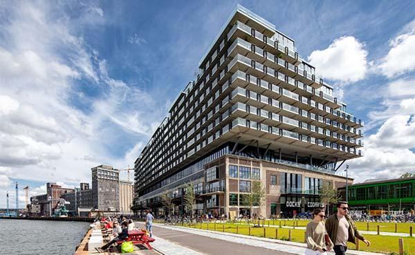 Tien-architectuurprijzen-voor-getransformeerde-havenloods-Fenix-I