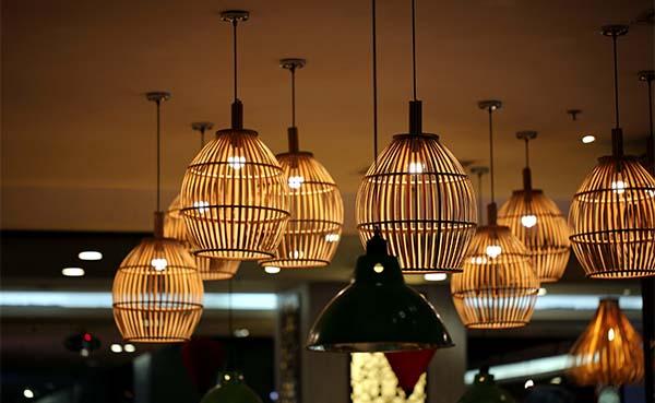 Creëer meer sfeer met duurzame lampen van bamboe