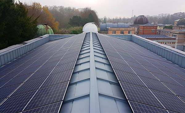 185-Fotovoltaische-zonnepanelen-op-de-Space-Pole-site-in-Brussel